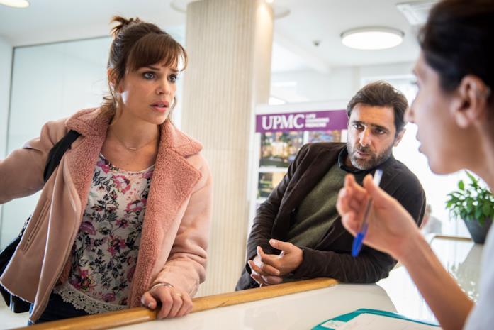 Micaela Ramazzotti e Adriano Giannini in una scena del film Vivere
