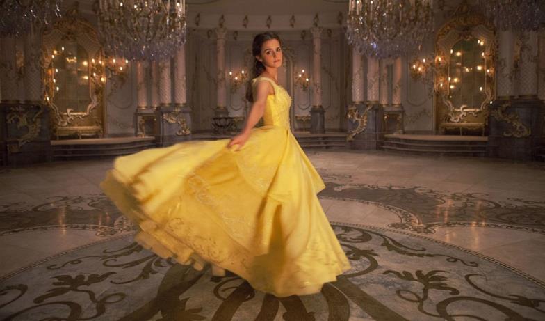 La Bella e La Bestia, Belle al ballo