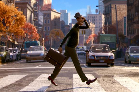 Joe attraversa la strada