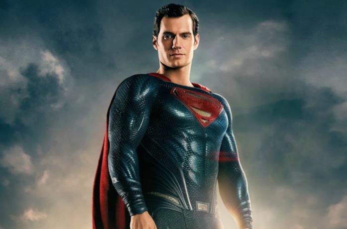 Un'immagine di Superman interpretato da Henry Cavill