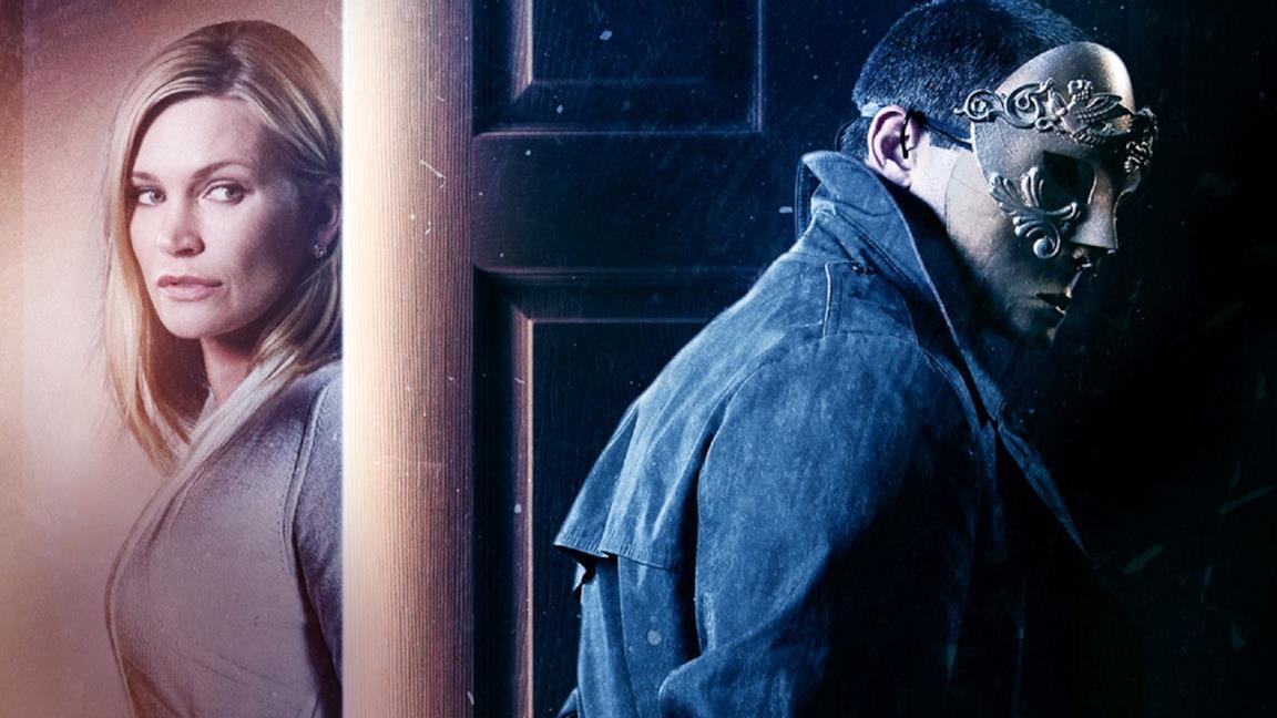 Assediati in casa: la trama e il finale del film diretto da David Tennant
