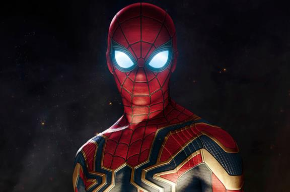 Spider-Man con la Iron Spider