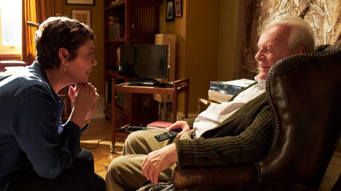 Anthony Hopkins e Olivia Colman sul set del film