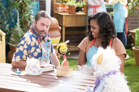Michelle Obama in una scena di Waffles + Mochi