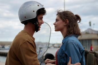 Sulla stessa onda: cosa sappiamo del film originale Netflix di Massimiliano Camaiti