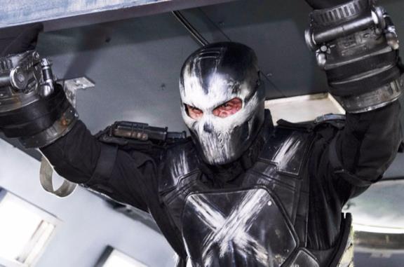 Frank Grillo ricorda il (folle) stunt che Scarlett Johansson lo convinse a fare in The Winter Soldier