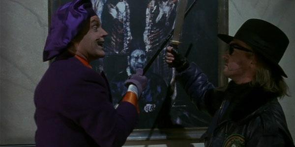 Joker e il suo scagnozzo Bob in una scena di Batman di Tim Burton