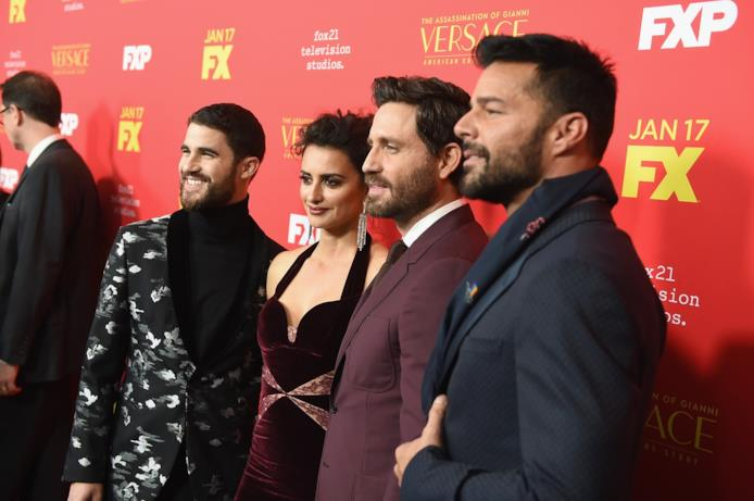 Darren Criss, Penelope Cruz, Edgar Ramirez e Ricky Martin
