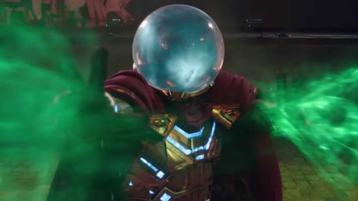 Mysterio in una scena di Spider-Man: Far From Home