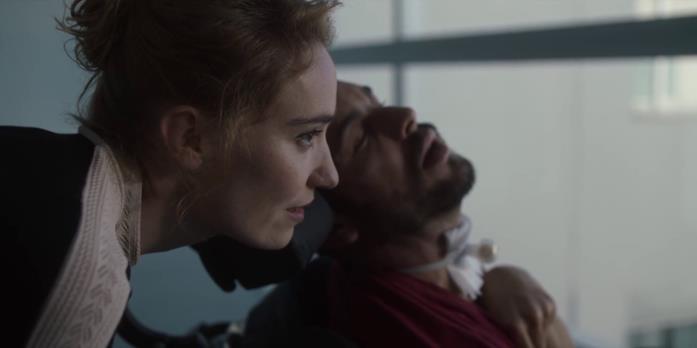 Déborah François e Mario Casas nella scena finale del film El practicante