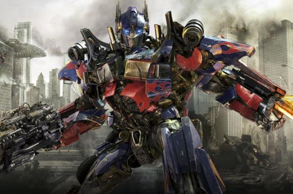 Transformers 3: trama e personaggi