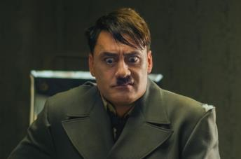 Taika Waititi interpreta Hitler