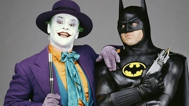 Mezzibusti di Jack Nicholson e Michael Keaton in costume da Joker e Batman