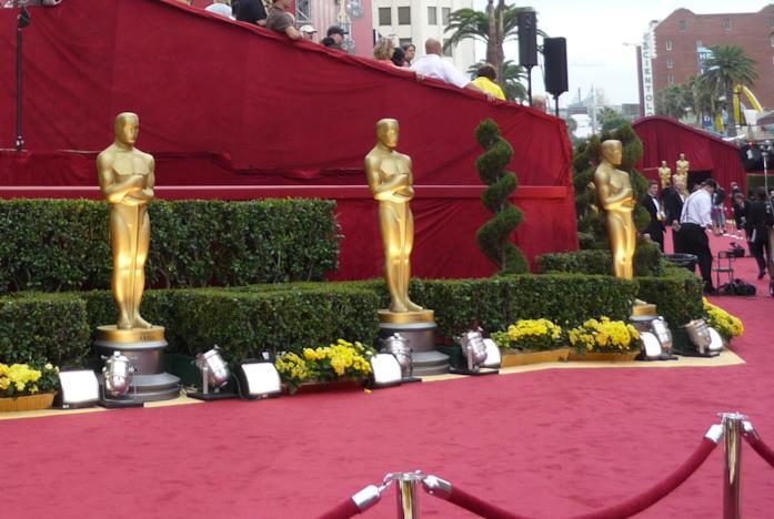 Le statue degli Oscar sul Red Carpet