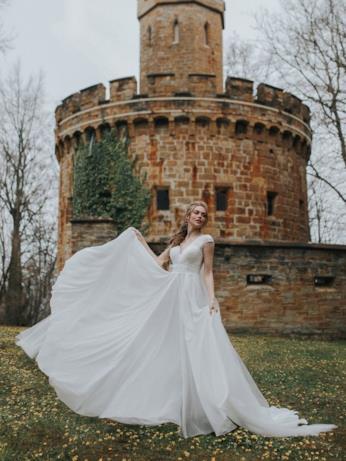 L'abito da sposa ispirato a Rapunzel
