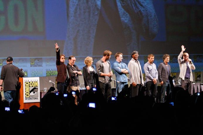 Il cast di The Avengers insieme sul palco del SDCC