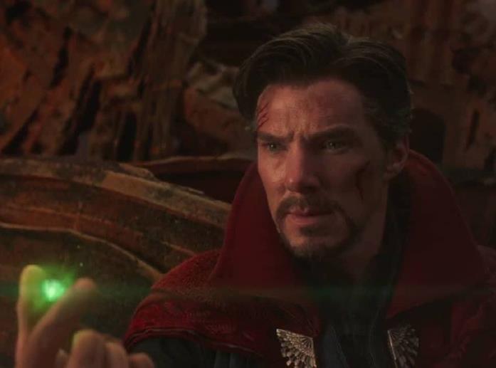Benedict Cumberbatch in una scena di Infinity War