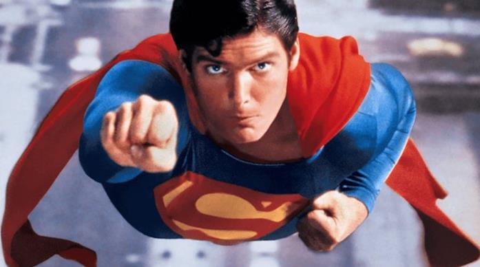 Christopher Reeve in volo nei panni di Superman
