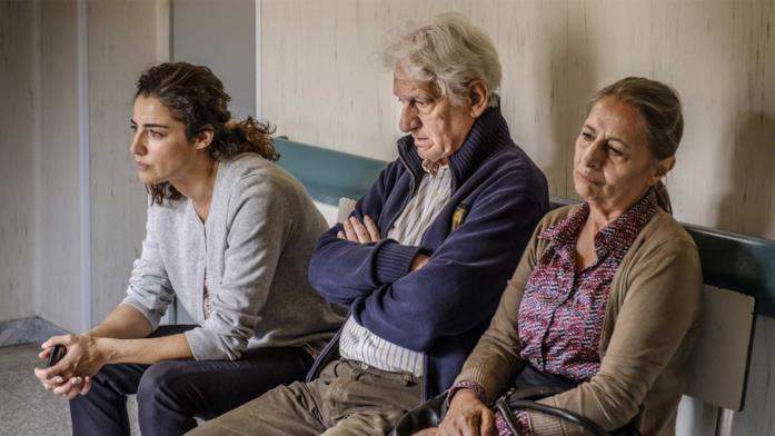 Luisa Ranieri, Nello Mascia e Anna de Nitto in una scena del film Vita segreta di Maria Capasso