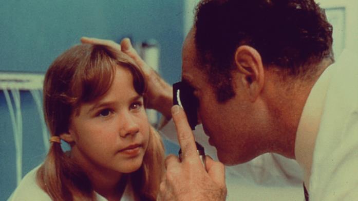 Linda Blair in una scena dal medico de L'esorcista