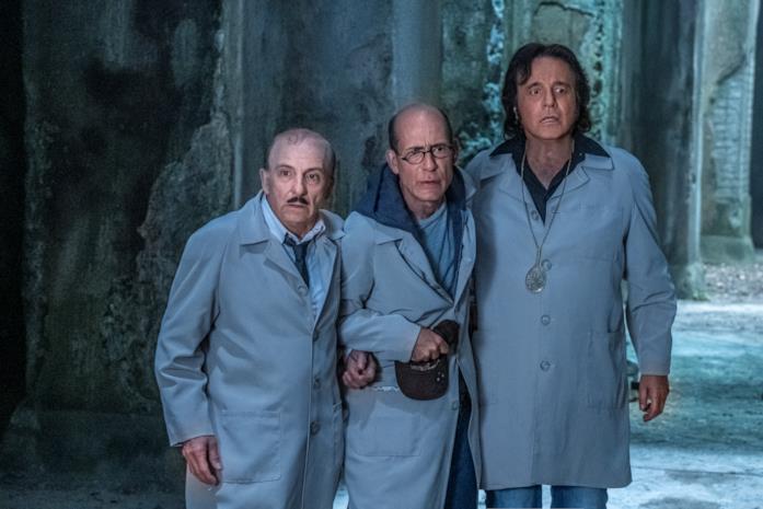 Una scena dal film Sono solo fantasmi di Christian De Sica
