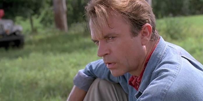Alan rimane sbigottito davanti ai dinosauri