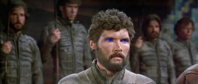 Everett McGill nei panni di Stilgar in una scena di Dune (1984) di David Lynch