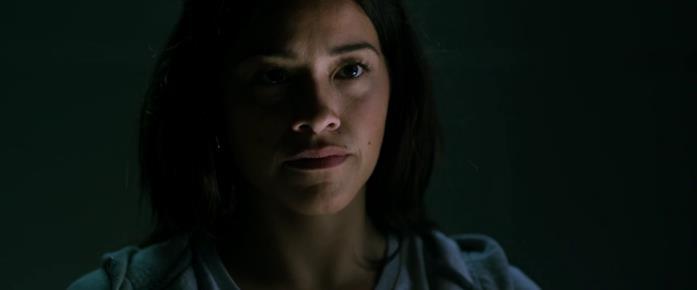 Un primo piano di Gina Rodriguez nel film Miss Bala