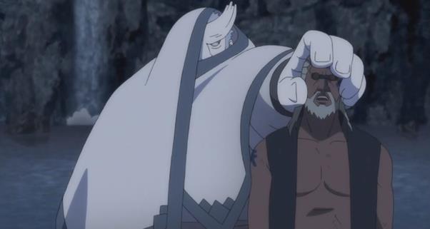 Kinshiki è membro del clan più potente della serie