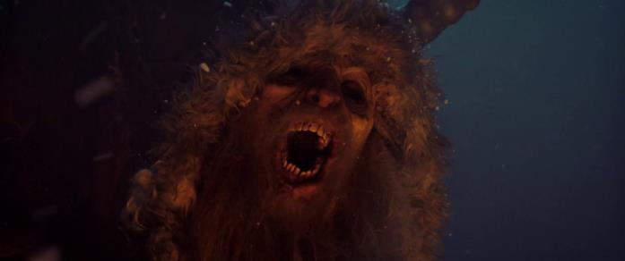 Il Krampus in una scena del film Krampus - Natale non è sempre Natale