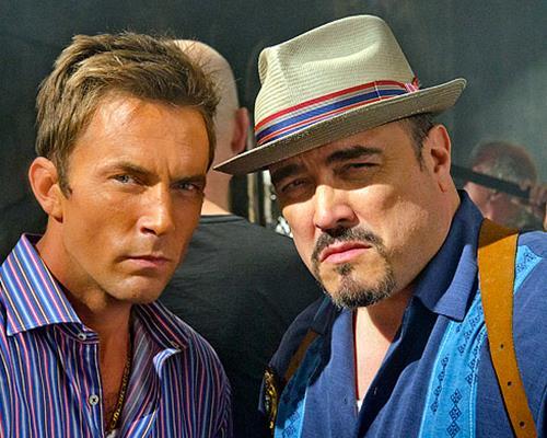 Desmond Harrington (Joey Quinn) e David Zayas (Angel Batista)