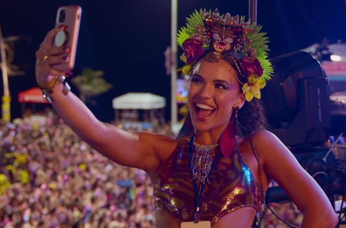 Giovana Cordeiro in Carnaval