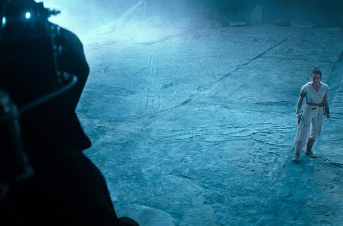 Rey di fronte a Palpatine in Star Wars: L'ascesa di Skywalker