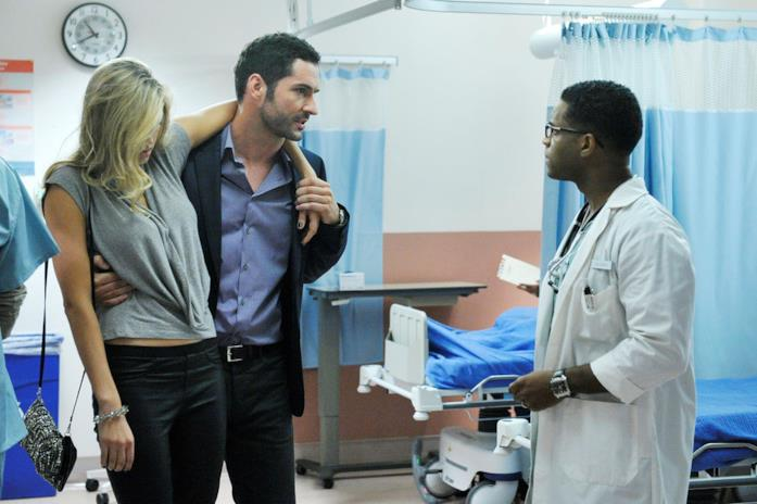 Tom Ellis interpreta un medico in Rush