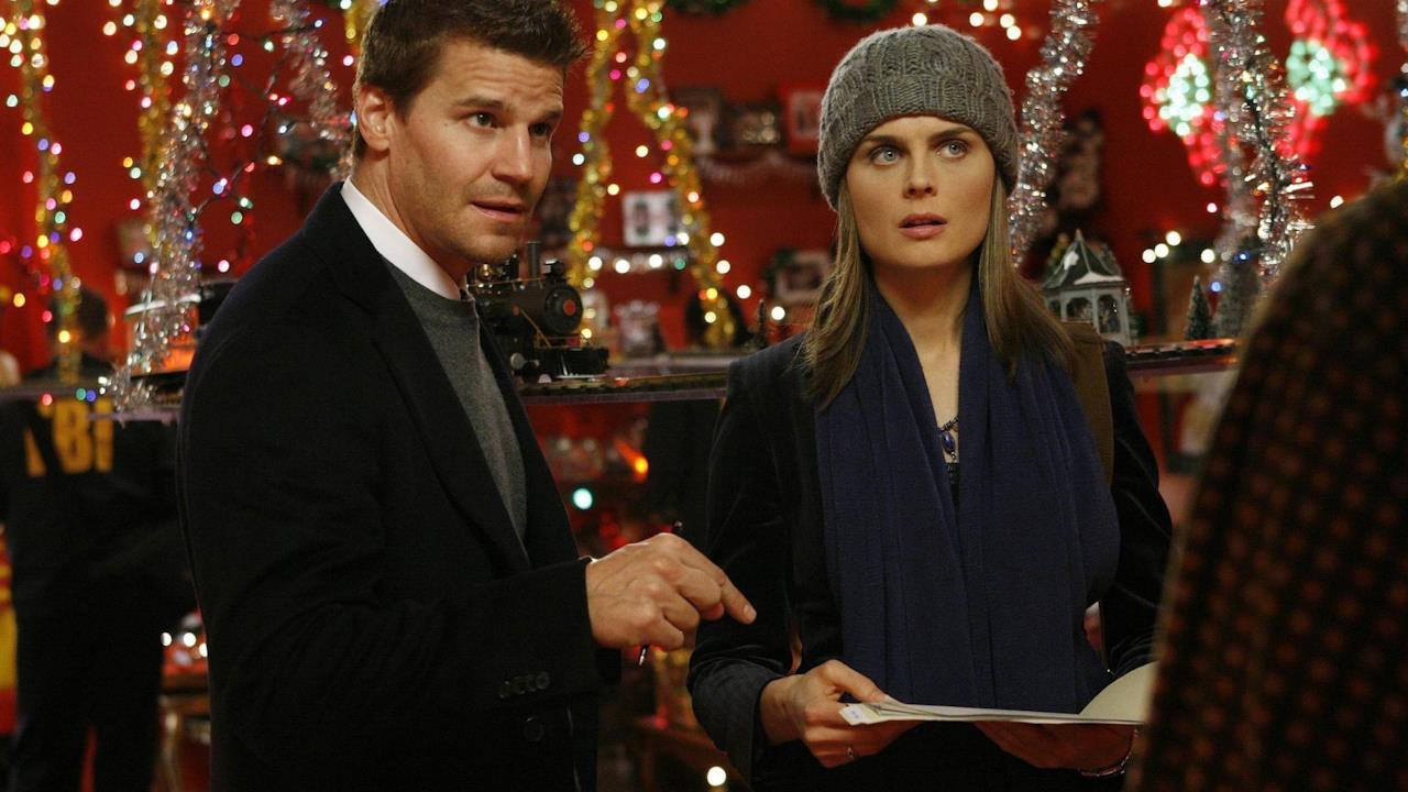 Le canzoni di Natale nelle serie TV: 12 momenti indimenticabili