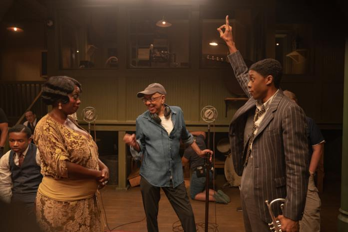 Boseman e Davis sul set