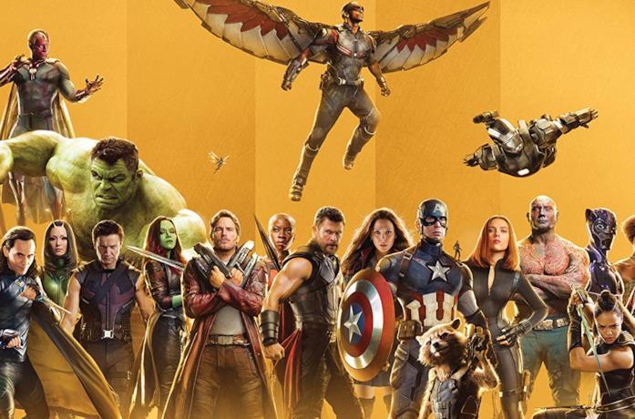 Gli eroi Marvel sulla copertina del libro pubblicato in occasione dei 10 anni dei Marvel Studios