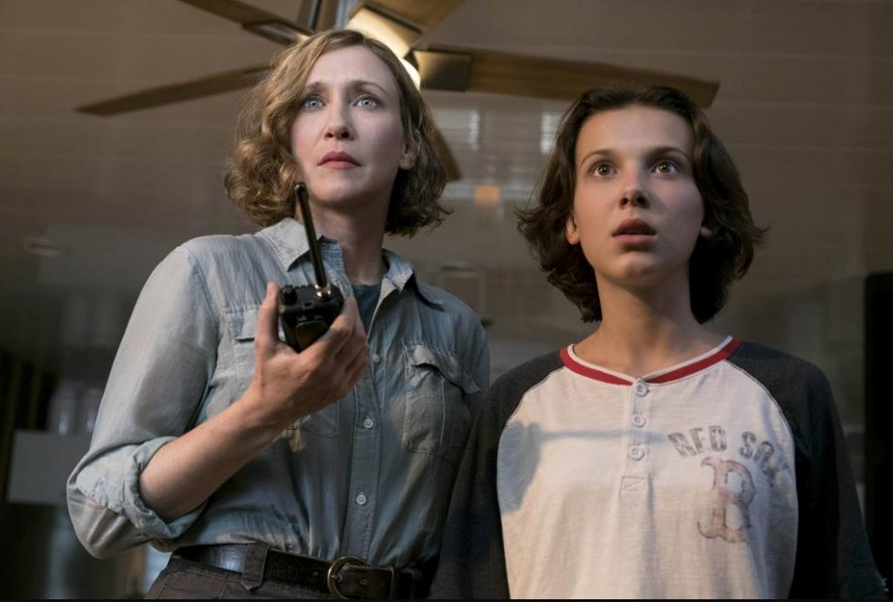 Vera Farmirga e Millie Bobby Brown