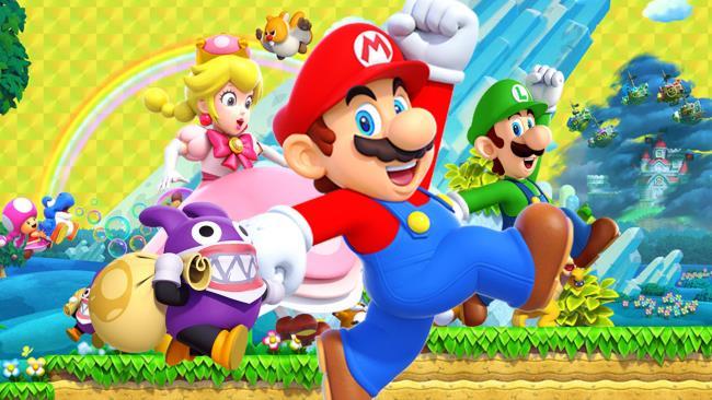 Super Mario, la Principessa Peach e Luigi corrono nello storico tracciato