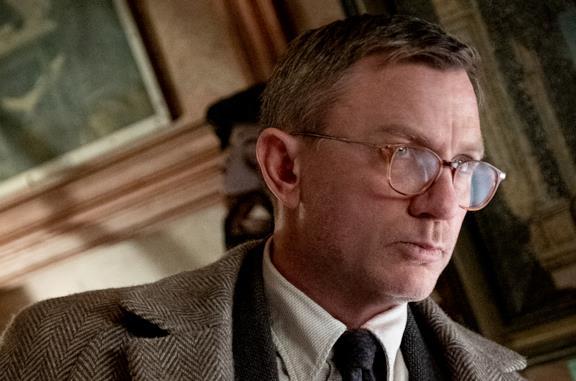 Cena con delitto - Knives Out, la recensione: un delitto perfetto per il detective Craig
