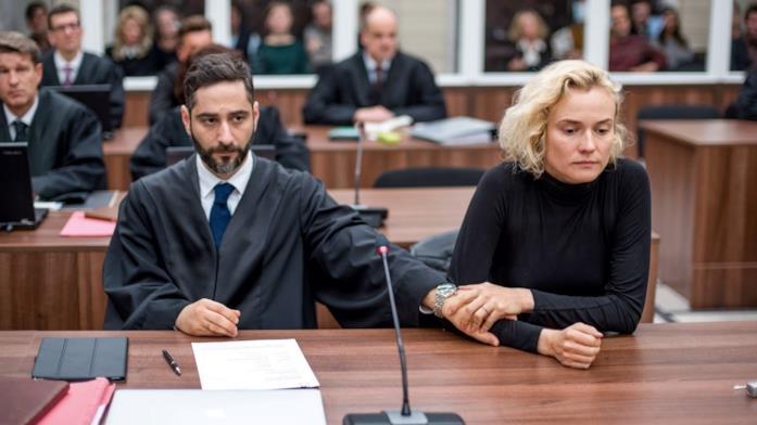 Diane Kruger e il suo difensore in una scena del film