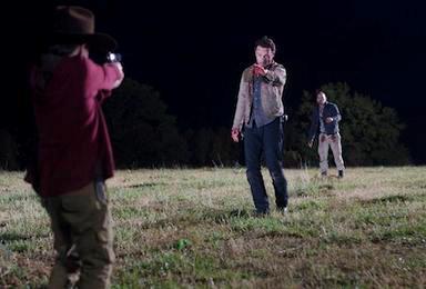 The Walking Dead: Carl sta per sparare a Shane