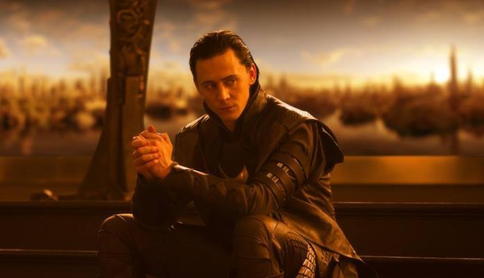 Tom Hiddleston nel ruolo di Loki in Thor
