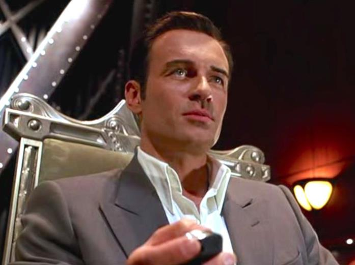 Julian McMahon nel film I Fantastici 4