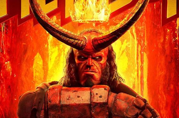 David Harbour nei panni di Hellboy