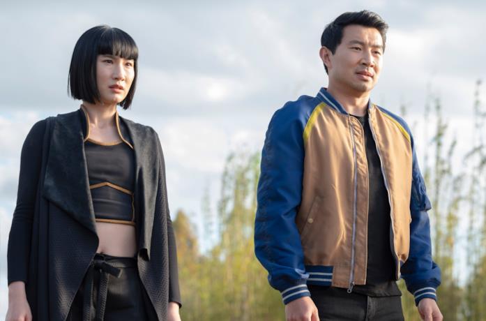 Xialing e Shang-Chi a Ta Lo