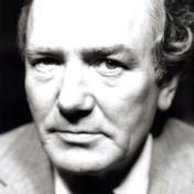 Albert Finney