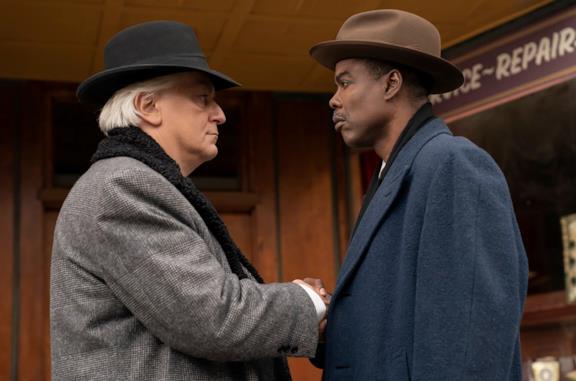 Tommaso Ragno e Chris Rock in una scena tratta dal primo episodio della stagione