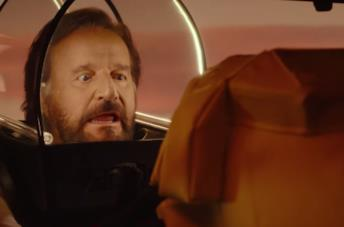 In vacanza su Marte, il trailer del nuovo film della coppia Boldi De Sica