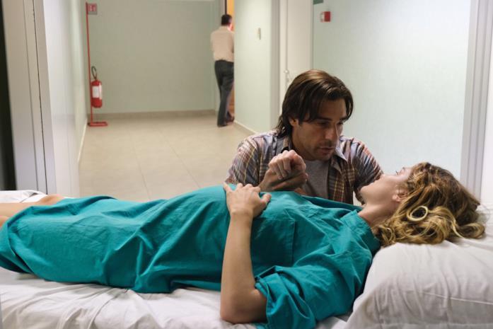 18 Regali: una scena del film con Vittoria Puccini e Edoardo Leo